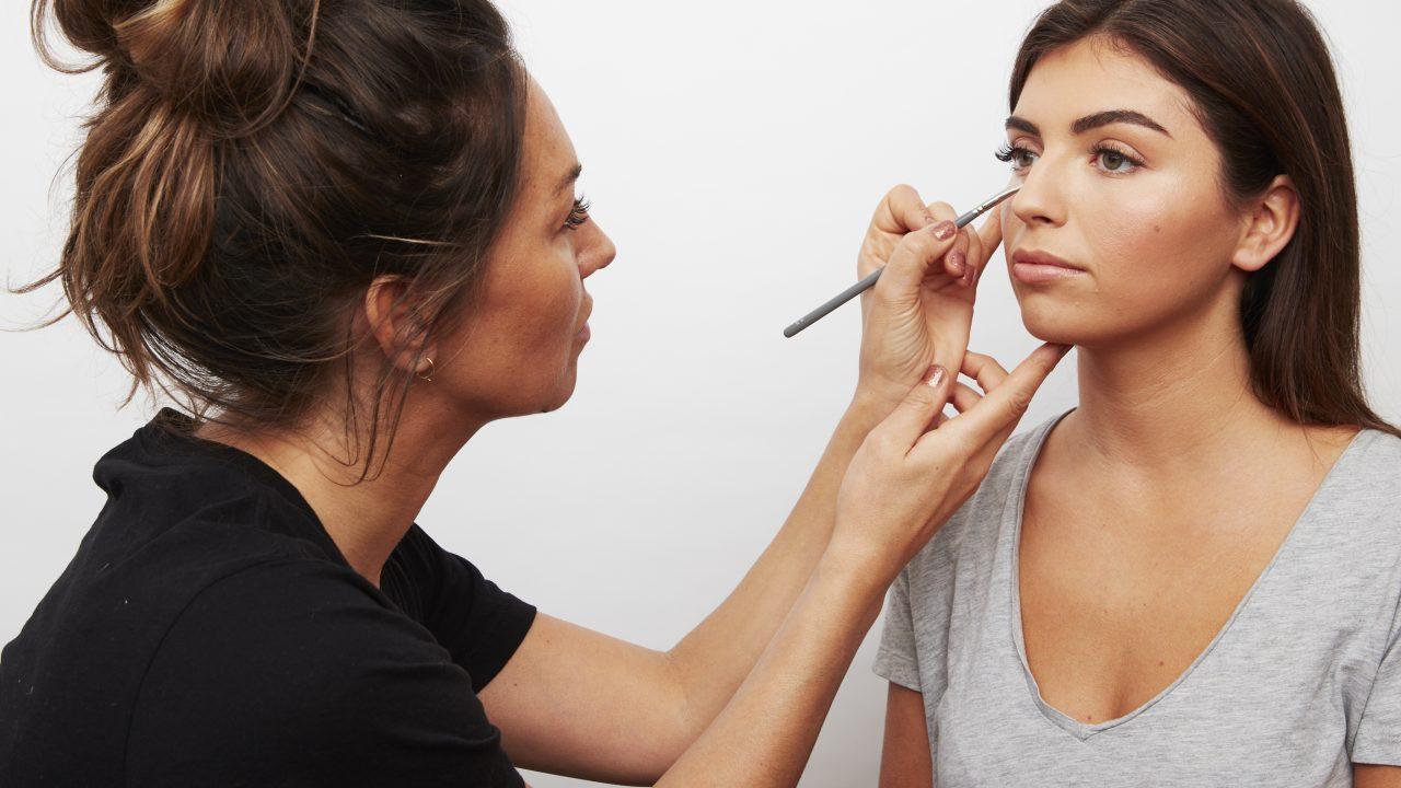 Emma Osborne MUA natural makeup tutoriala