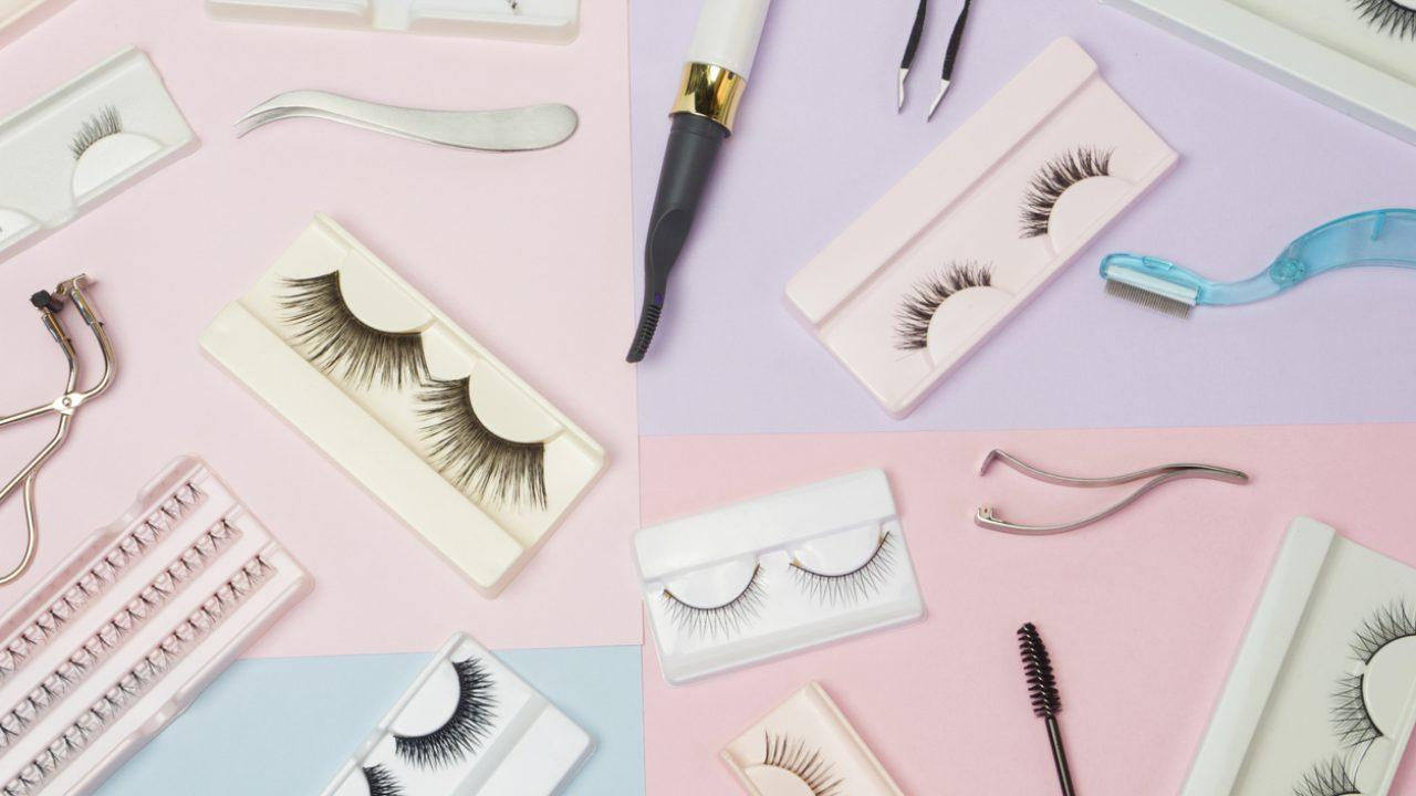 How to put on and apply false eyelashes