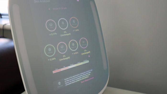 HiMirror Skin analyser