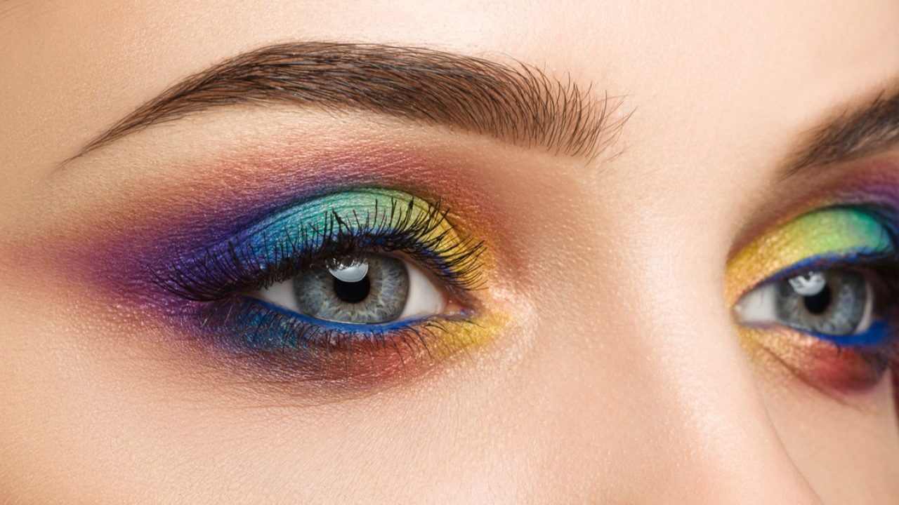 What eyeshadow goes with my eye colour
