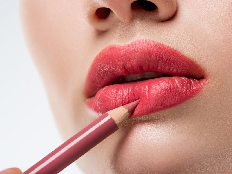 How to make your lips bigger naturally