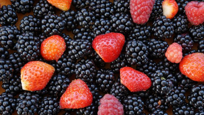 Which foods are best for skin blackcurrants strawberries