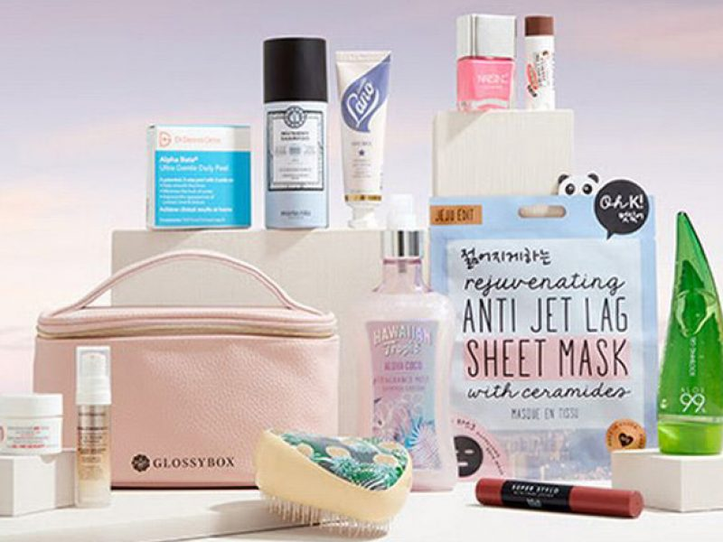 Glossybox Summer Essential Kit inside products